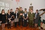 Młodzież z PG im. Jana Pawła II w Garbowie przed występem